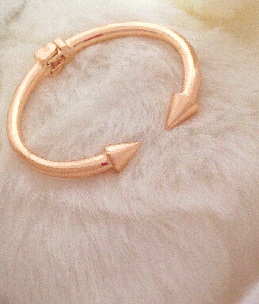 Gold arrow cuff by mir