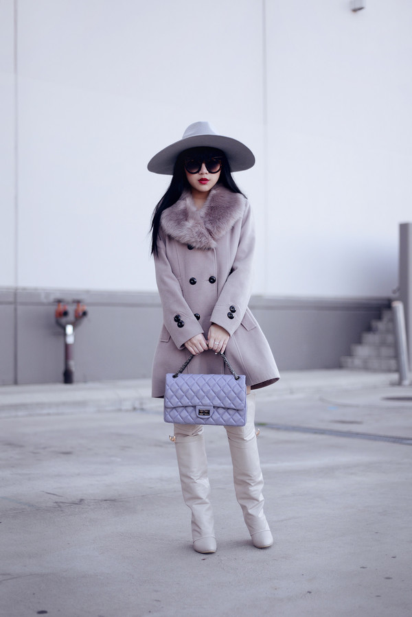 pale division make-up coat t-shirt bag shoes