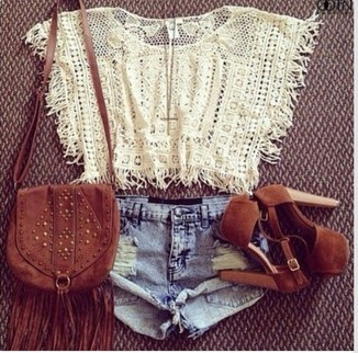 Hollow fringed knit blouse