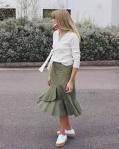 skirt,ruffle skirt,tumblr,midi skirt,green skirt,ruffle,sneakers,white sneakers,top,white top,wrap top,shoes