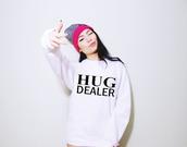 sweater,hug,oversized sweater,white,black,swag,winter swag,white sweater,pink,dealer,hug dealer,grey,edgy
