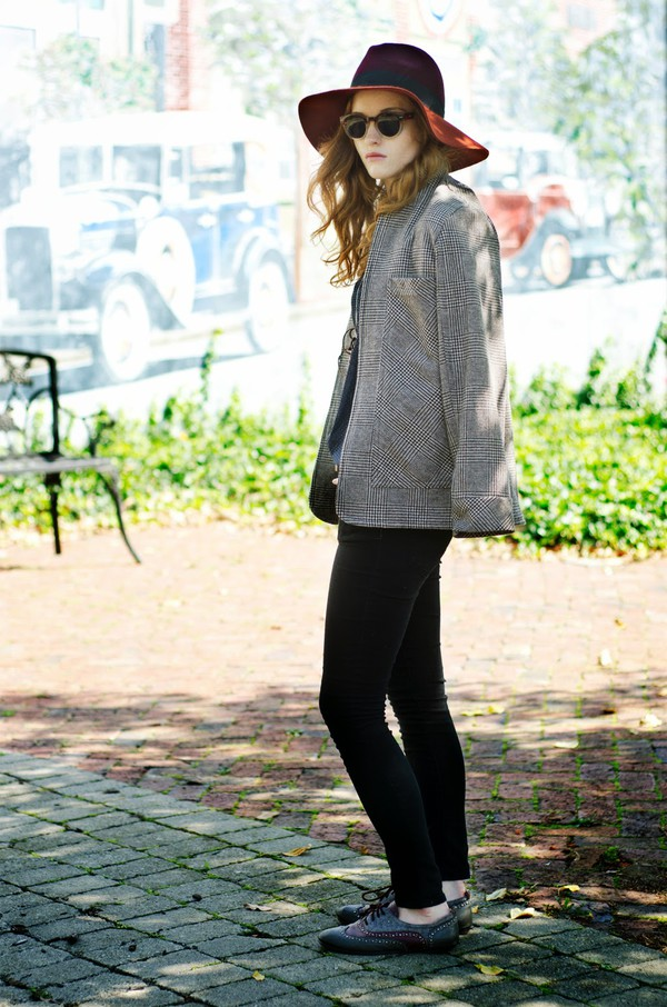 esther fromthesticks blogger sunglasses jacket shoes jewels