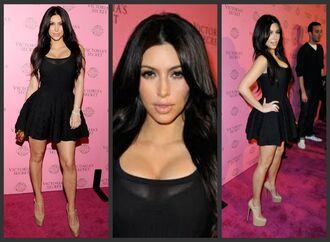 dress lace dress maxi dress prom dress kim kardashian louboutin cute outfit cute dress curvy beautiful miss kardashian make-up long hair prom black dress kim k dress