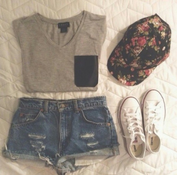 t-shirt grey t-shirt black pocket