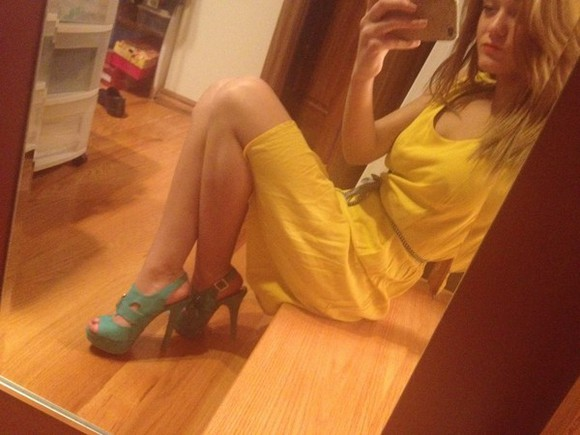 dress yellow dress turquoise heels