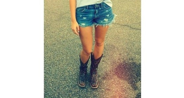 Shorts: denim shorts, pants, girl, boots, sadie robertson, cowgirl ...