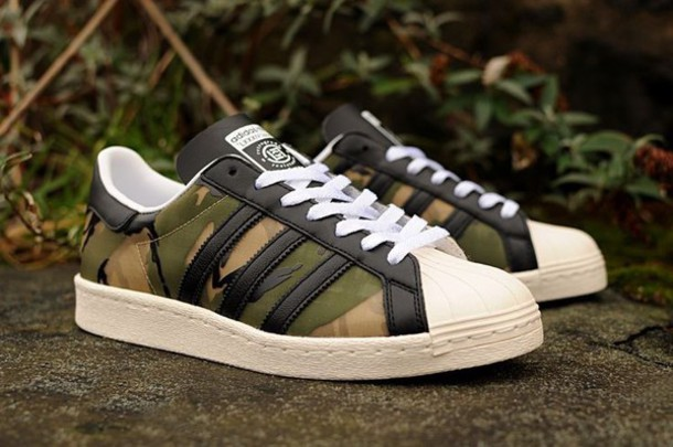 shoes adidas superstar military style army green green addidas shows black  and gold sneakers streetwear