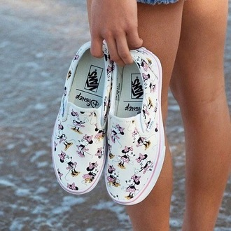 shoes minnie mouse disney vans white sneakers printed vans