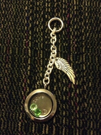 keychain wings jewels