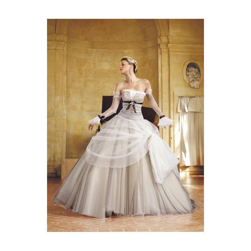 Eli Shay, Domino blanc et turquoise - Superbes robes de mariée pas cher | Robes En solde | Divers Robes de mariage blanc