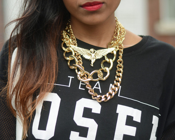 shirt clothes t-shirt black shirt team letters white letters sweatshirt something fashion jewels gold