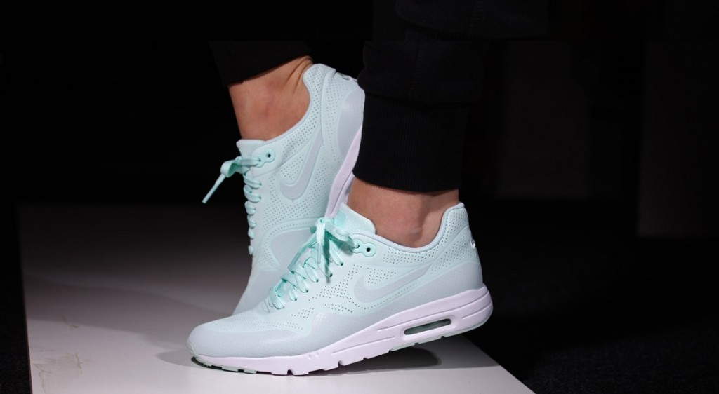mint jelly air max 1