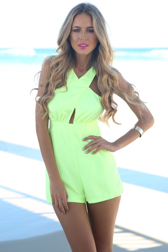 shorts ustrendy playsuit romper ustrendy halter top cut out top cross over summer outfits