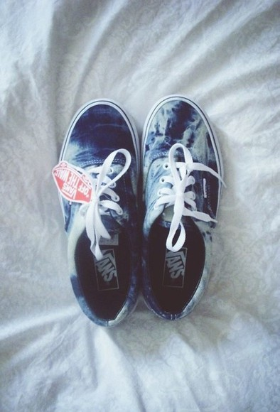 vans authentic shoes vans blue ocean cute vans off the wall sneakers tie dye hipster swaggi swag ombre bleach dye tye tie bleach bleach dye dope denim acid era denim acid washed acid washed light blue vans sneakers acid wash white lace up lace up shoes