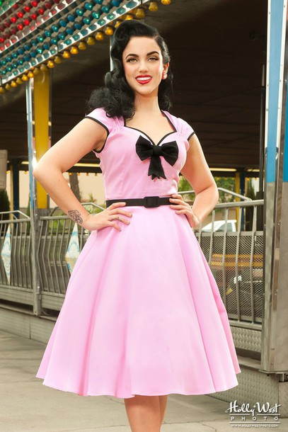 50s style, 50s dress, pin up, party dress, pink dress, housewife ...