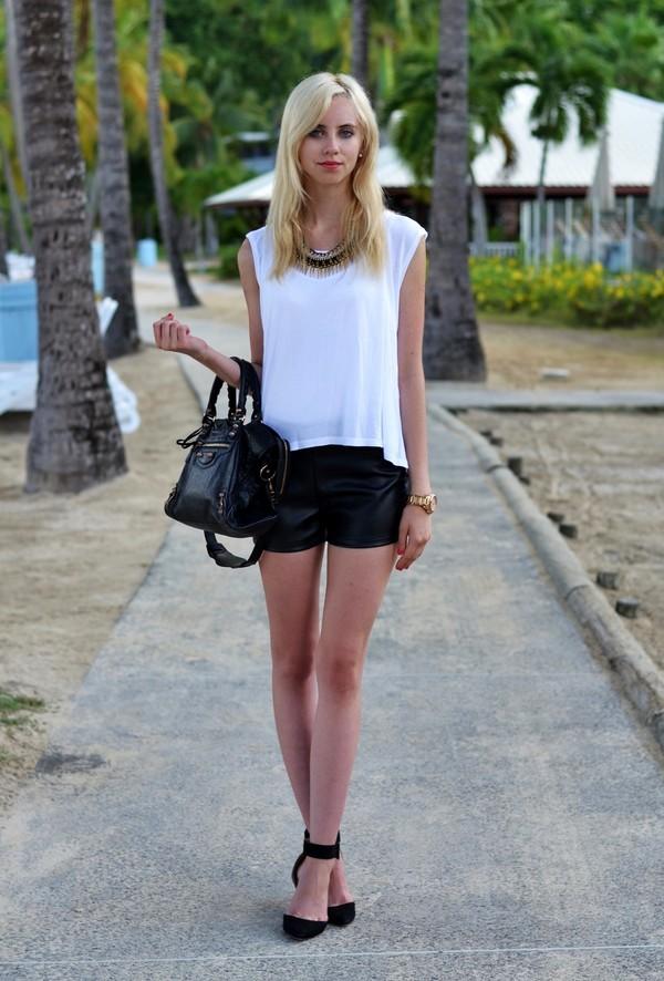 vogue haus t-shirt shorts shoes bag jewels