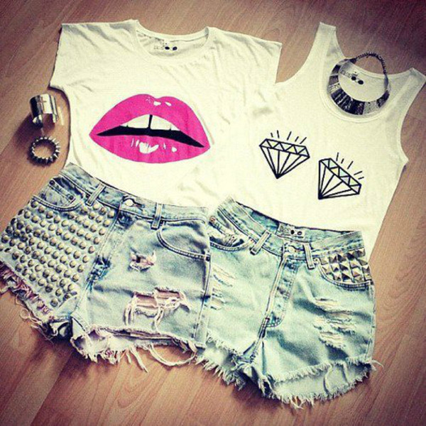 shirt top t-shirt diamonds bracelets shorts rivet tank top lip print clothes swag hipster jeans lips diamonds t-shirt shirt jewels pants white shoes underwear look on tumbler exactly like the picture summer this shorts graphic tee jewelry studded shorts blouse top lipstick cute cute outfits outfit summer outfits dope girly ripped jeans denim necklace socks