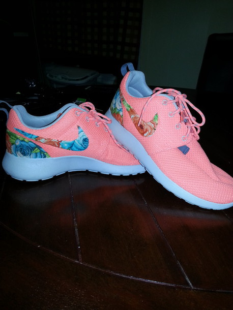 pretty nice f3b09 4aa85 shoes nike roshe run nike running shoes nike shoes womens roshe runs floral  pink neon