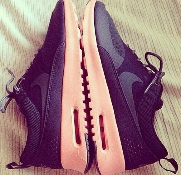 coral shoes nike black