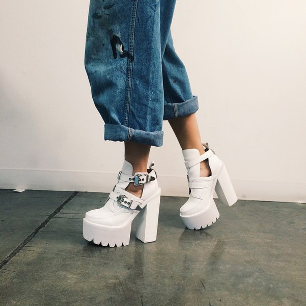 shoes white sandals chunky platform cleated sole peep toe shoes white shoes white high heels plateau shoes cut-out