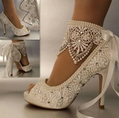 shoes,white,lace,heels,wedding shoes,wedding,bling,bedazzled,girlie,white heels,white lace,lace-up shoes