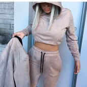 sweater,cream,nude,pants,suede,joggers pants,joggers,hoodie,streetwear,crop,cropped hoodie,sweats,top,black suade,beige,tracksuit,comfy,casual,set,two-piece,winter outfits,coat,nude clothes,nude sweatpants,sweatpants,cute,fashion,sportswear,nudes,all nude everything,cute sweaters,sports pants,warm sweater,camel,faux suede,co ord