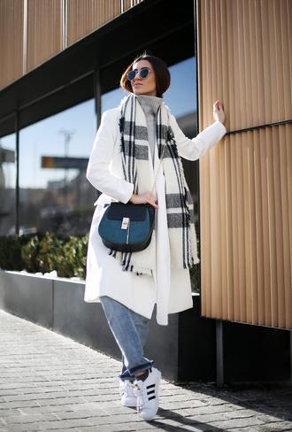 tina sizonova blogger white coat black bag blanket scarf adidas shoes