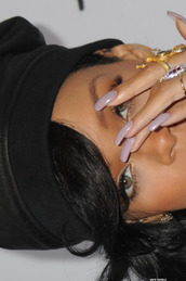 nail polish,rihanna nails