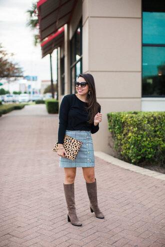 adoredbyalex blogger t-shirt skirt shoes bag sunglasses jewels clutch boots winter outfits