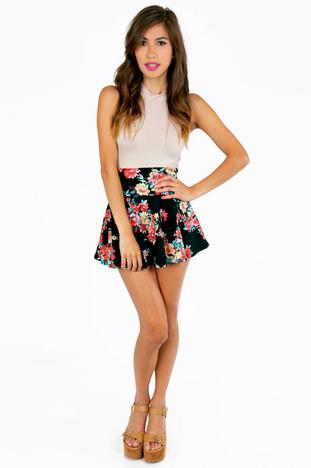 Night bouquet skater skirt ~ tobi
