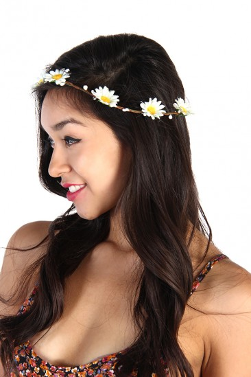 LoveMelrose.com From Harry & Molly | Daisy Crown Headband - White