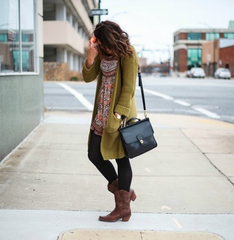 dress sweater bag shoes jewels life & messy hair blogger