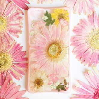 phone cover summer summer handcraft love pink flowers floral cute tranding fashion daisy pressed flowers real flowers handmade handcraft cool gift ideas birthday gift iphone cover iphone case iphone iphone 5 case iphone 6 case samsung galaxy cases samsung galaxy s4 valentines day gift idea holiday gift