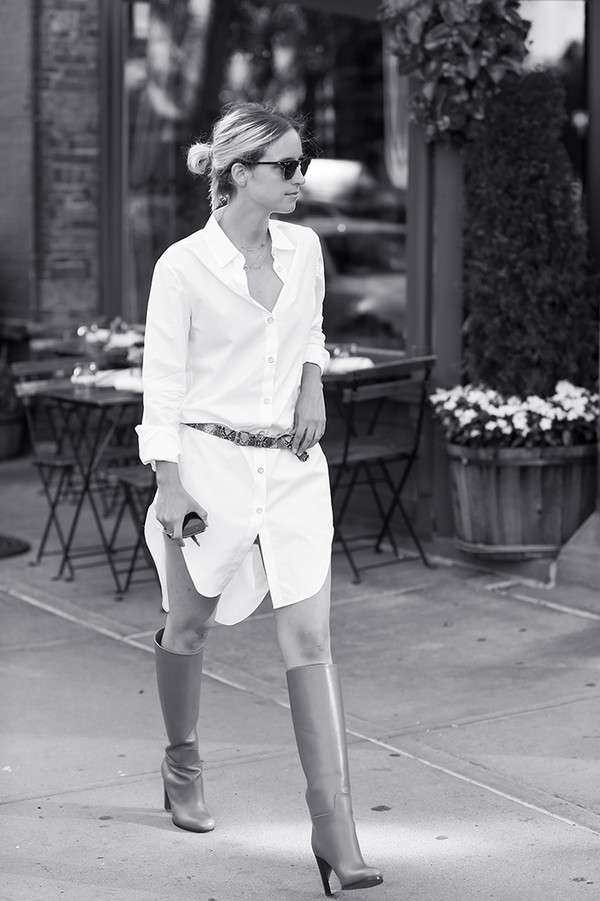 the fashion guitar blogger shoes belt sunglasses jewels