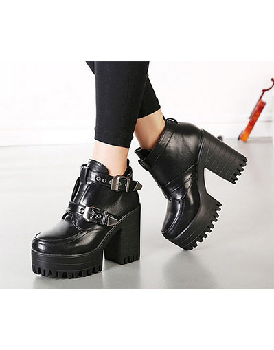 Fashion and elegand trend boots, croopers, chic