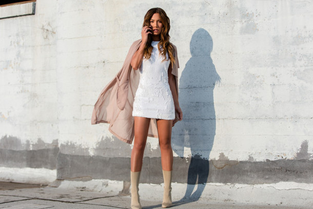 dress with grey boots
