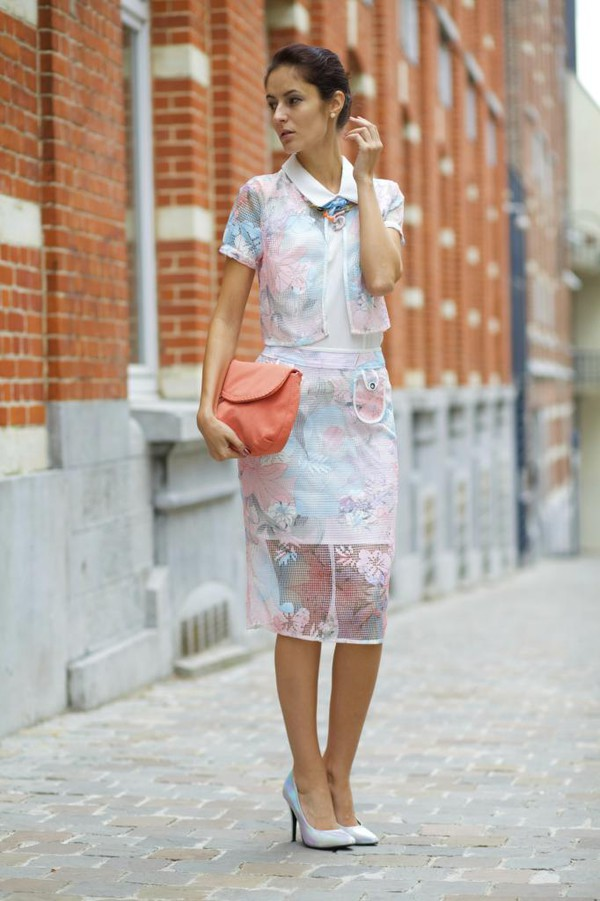 from brussels with love blogger skirt shoes bag jewels