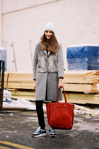 vanessa jackman blogger grey coat tote bag winter coat