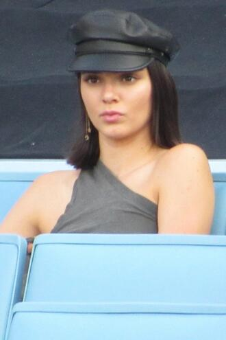 top one shoulder grey kendall jenner model off-duty cap