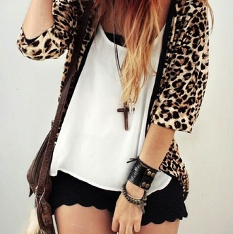 cardigan crochet leopard print t-shirt shorts lace black white t-shirt cross jewels jewelry blouse outfit accessories accessory white bracelets bag three-quarter sleeves