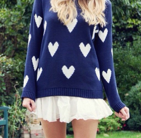 sweater hearts fashion style comfy outfits