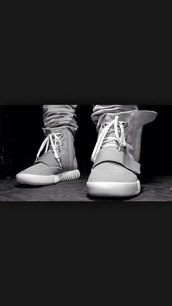 shoes kanye west