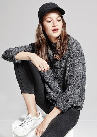 le fashion image blogger sweater leggings pants