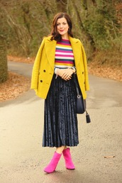 rachelthehat,blogger,skirt,shoes,sweater,jacket,bag,yellow coat,winter outfits,ankle boots,midi skirt,pleated skirt,multicolor,striped sweater