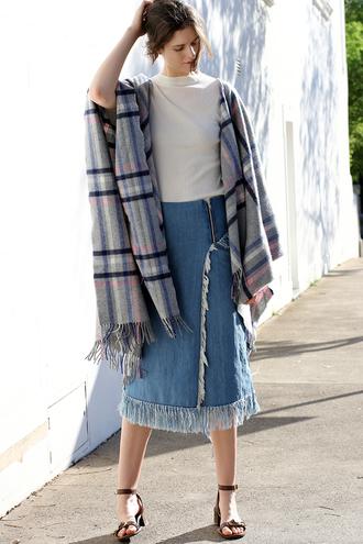 by chill blogger ripped skirt denim skirt fall skirt poncho