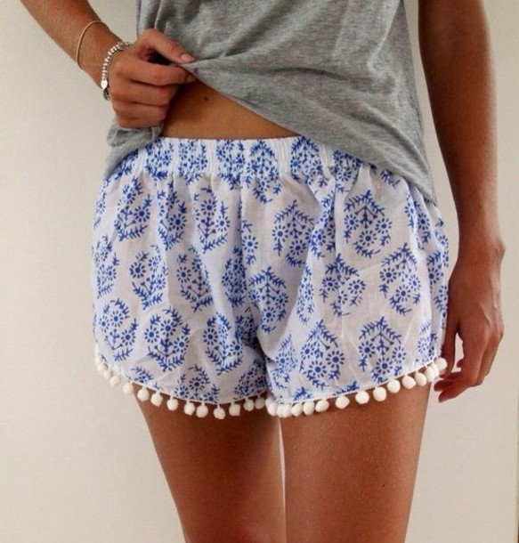 shorts spring spring outfits summer summer outfits flowy pom pom shorts blue and white pajamas flowered shorts printed shorts pattern chill out white blue detail blue and white flowy shorts