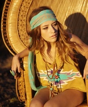 shirt,boho,bohemian,aztec,hipster,top,hippie,native american,hair accessory,aztec headband,brown,aztec top,shorts,gypsy,teal,necklaces rings