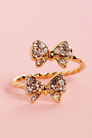 Pretty Gold Ring - Rhinestone Ring - Bow Ring - $11.00