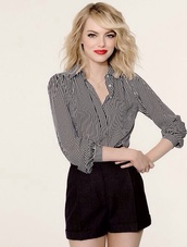 blouse,black,white,stripped,emma stone,full sleve,beautiful,shorts