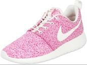shoes,nike roshe run,speckled nike roshe run,nike,pink sneakers,roshes